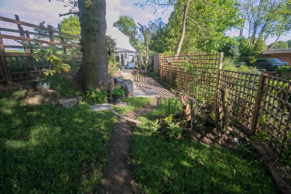 Garden May 2016 _-5040_lowRes39